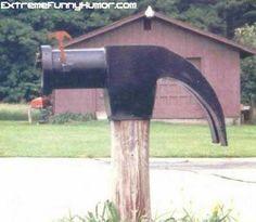 creativ mailbox, hammer mailbox, unusu mailbox, postal, yard art, postman, mailboxes, mail boxes, mail call