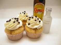 White Russian Cupcakes...oh, who would've though alcohol and cupcakes would go together so perfectly. sweet, cupcak recip, alcohol cupcakes recipes, russian cupcak, white russian, kahlua cupcak, russian food, dsc00954, dessert