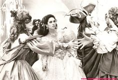 Labyrinth geek, film, masquerade ball, balls, halloween costume ideas, dresses, labrynth, favorit movi, labyrinths