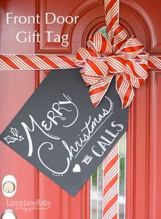 We are in love this these 25 Handmade Christmas Decorations… Hello cuteness!  #christmas #decorations #handmade christmas front doors, door tags, christma decor, door decor, gift tags, handmade christmas decorations, diy christmas decorations, christmas gifts, christmas door