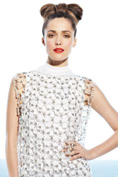 Gorgeous red coral lip on Rose Byrne