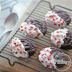 #Peppermint Dipped Chocolate #Cookies from Pillsbury® Baking