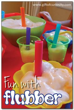 Flubber fun - how to make and play with this amazing polymer that you can mold, ooze, and even draw on with marker! #sensoryplay #flubber #ece || Gift of Curiosity