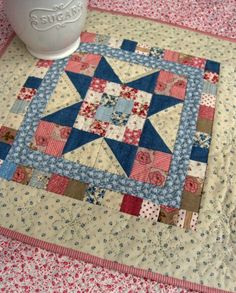 Mini-Quilt Patterns free on Country Lane Quilts (link to patterns are under pictures) at http://www.countrylanequilts.com/id30.html
