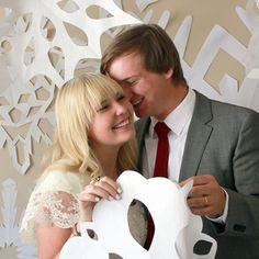 Make a Snowflake Backdrop on Etsy Weddings