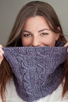 LANSBURY cowl by veryshannon.com