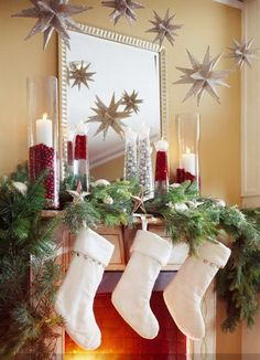 Christmas Holiday Mantel Decorating Ideas