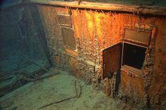 Google Image Result for http://timenewsfeed.files.wordpress.com/2012/03/titanic-underwater.jpg%3Fw%3D300%26h%3D200