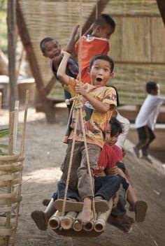 playground, houses, swings, soe ker, playscap, thailand, ties, kids playing, tyin tegnestu