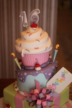 Love this Sweet 16 Cake