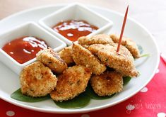 Healthy Baked Chicken Nuggets by skinnytaste #Chicken_Nuggets #skinnytaste