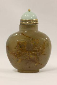 Agate Cat Snuff Bottle