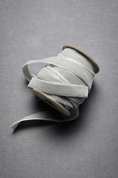 . colour, wrap, bouquet, color schemes, ribbons, velvet ribbon, dove grey, grey velvet, gray