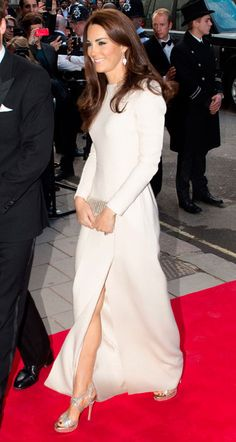 Catherine, Duchess of Cambridge wearing Roland Mouret