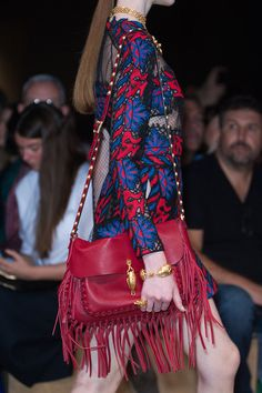 handbag, fashion weeks, paris fashion, valentino spring, runway, photo galleries, spring 2014, fring, bags