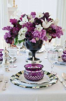 I love mixing in big flowers with small flowers. My wedding color!!! absolutely lovely