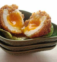 Vegetarian Scotch Egg  #vegetarian #breakfast