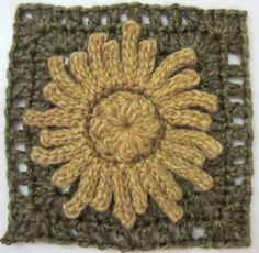 """Gerbera 6"""" crochet square pattern by Marie Segares (Underground Crafter)"""