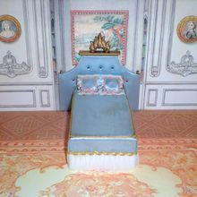Petite Princess by Ideal Little Princess Bed in Blue 1964