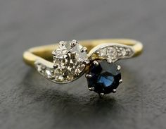 Antique Sapphire Engagement Ring - 18ct Gold Art Deco Sapphire & Diamond Engagement Ring