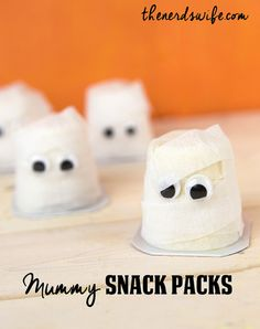 Mummy Snack Packs Halloween Treats - great party treats or favors