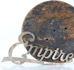 (interior decor) vintage sign