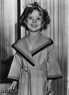 *SHIRLEY TEMPLE ~ 1935.