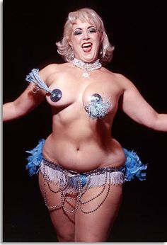 What a woman #dirtymartini #burlesque