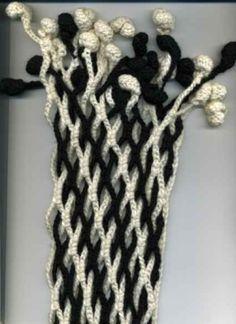 Double Grid Scarf free crochet graph pattern - link to (Russian) crochet pattern: by lara