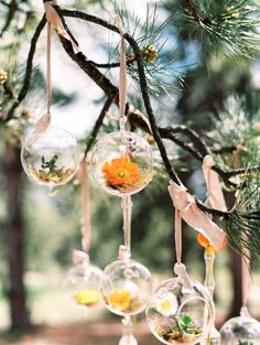 Woodland wedding ideas | Photo by Lisa O'Dwyer Photography | Read more - http://www.100layercake.com/blog/?p=77745 #outdoor #woodland #rustic #wedding