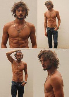 shirtless-friday-27