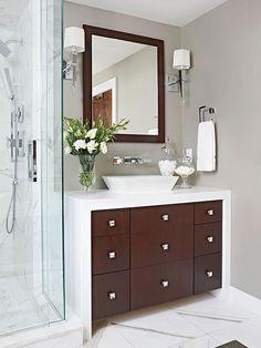 Modern Master Bathroom Makeover #OmegaVanityMakeover