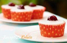 cherri bakewel, foods, cups, bakewel cupcak, home baking, cakes, cup cake, homes, cherries
