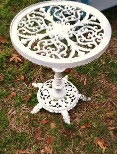 I love this wrought iron table!