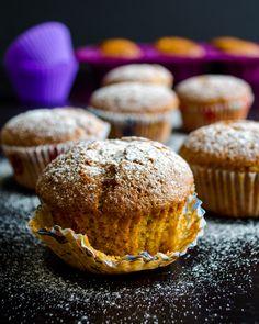 Apple #Muffins | www.giverecipe.com