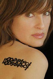 NO DISRESPECT tattoo  Mariska Hargitay to raise awareness of domestic violence and abuse Mariska Hargiti, Mariska Hargitay, Tattoo