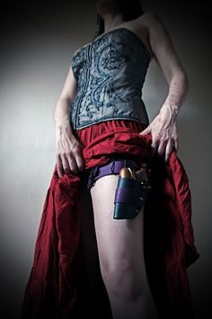purple thigh gun holster - nice - now where to buy??
