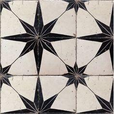 Solar Antique Tiles