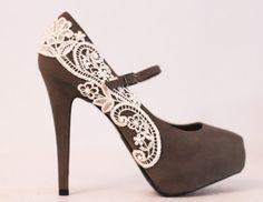 Venise Lace Shoes