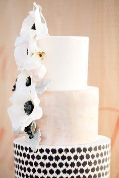 Photography: Ashlee Raubach Photography - www.ashleeraubach.com  Read More: http://www.stylemepretty.com/2014/04/30/black-white-blush-seaside-wedding/