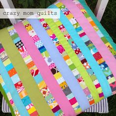 86/101 scrappy ribbon pillow