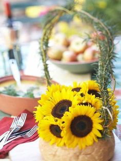 Pretty Outdoor Table Centerpieces | Midwest Living