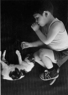 Frank Horvat, Lorenzo avec chat 1960