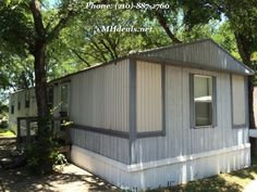Here we have an extremely cheap yet well standing single wide home. This home houses 2 bedrooms and 2 bathrooms and holds all of your utility needs. It is a cozy 896 square feet or 16 x 56. The home flooring is both tile laminate and wood laminate through out the home. Call us at (210)-887-2760 http://mhdeals.net/gallery/singlewide-trailers/1997-OakCreek-used-home-Mustang-Ridge-TX LIC 36155
