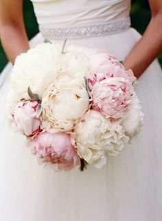 gorgeous pink + white peony bouquet