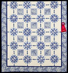 2013 Quilt Expo Quilt Contest, 2nd Place, Category 3, Machine Quilted Bed Size Pieced: Blue Rhapsody, Carolyn Rider, Portsmouth, Ohio