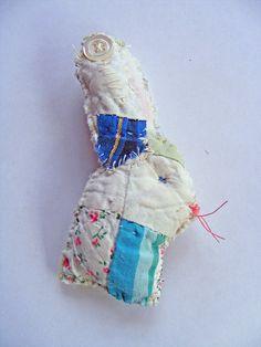 bunny brooch, via Flickr.
