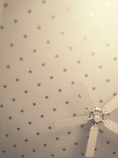 "How to ""Osbourne and Little Coronata Star"" wallpaper"