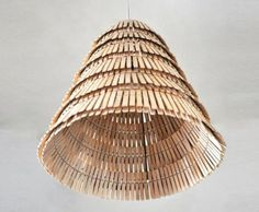 Crea-re Wood Clothespin Lamp
