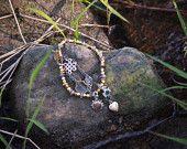 Queen Scene Charm Bracelet $16